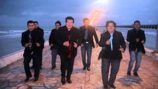 Bajense los chones video oficial - el chivo y su grupo la sombra