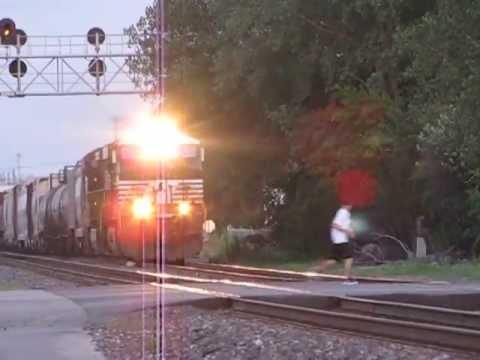 Xxx Mp4 Idiot Kids Run Right Infront Of Train Close Call 3gp Sex