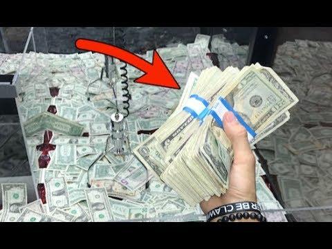 WON STACKS OF CASH FROM MONEY CLAW MACHINE JOYSTICK