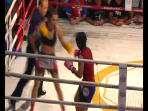 Sindy Huyer MuayThai March 2009