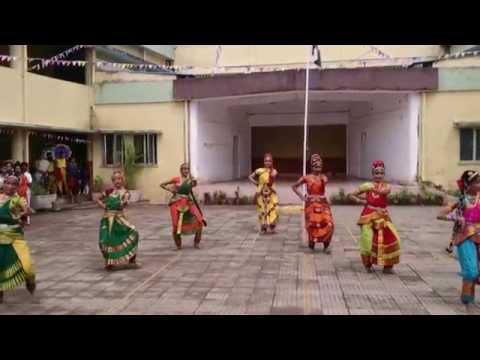 kuchipudi-classical dance of Andhra pradesh performed by school children