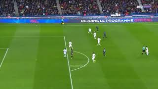 Kyllian Mbappé ball roll skills show