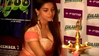 Asin Bends To Show Her Sexy Boobs Hot Cleavage