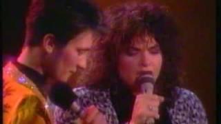 k.d. lang & Rosanne Cash Live