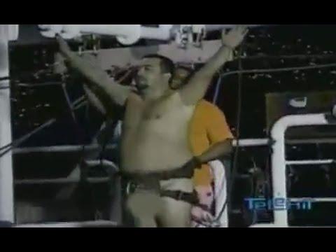 Xxx Mp4 Salto Del Bongy Desnudo El Borrego Paga Apuesta Guerra De Chistes 3gp Sex