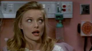 MICHELLE PFEIFFER in Amazon women on the moon