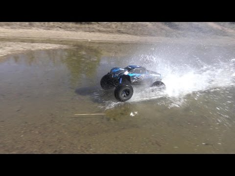 Let's Water Skip The X-Maxx!