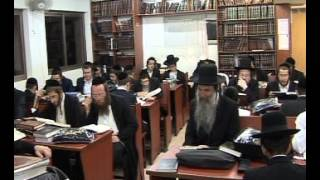 ‫tikkun chatzot and learn Torah while Midnight in kollel chatzos
