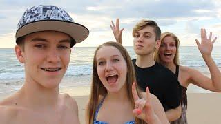 WE'RE IN HAWAII!