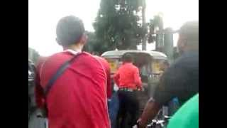 Jeepney Driver vs Traffic Enforcer Suntukan