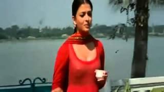 Aishwarya rai Nipple Show in Raavan