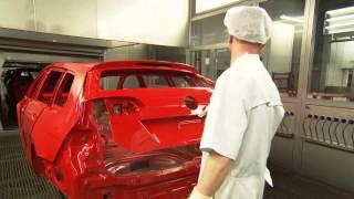 Volkswagen Golf Variant - Production Paint Shop | AutoMotoTV