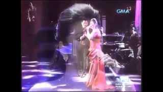 REGINE VELASQUEZ & MARTIN NIEVERA - Kahit Isang Saglit/Sana Maulit Muli (Voices Of Love Concert!)