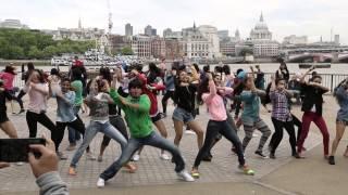 UK's Biggest Bollywood Flash Mob - BollyMob UK