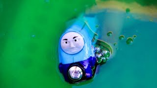 THOMAS AND FRIENDS GREAT RACE INTO SLIME Accidents will happen