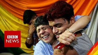 Historic India ruling legalises gay sex - BBC News