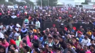 Matha Tekna Na Aave -Live 2016- Gurdas Maan