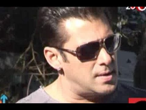 Red Hot Countdown - Salman Khan's sex appeal, Shahrukh Khan's blockbuster Diwali with Ra.One, & more...