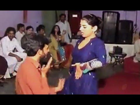 Xxx Mp4 Super Hot Mujra In Muslim Wedding Azamgarh In Bhojpuri 3gp Sex