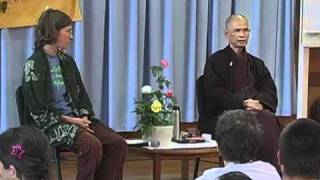 Q&A - Thich Nhat Hanh - why do things stick together?