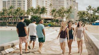 #LetHawaiiHappen: Boy Meets Girl on Oahu