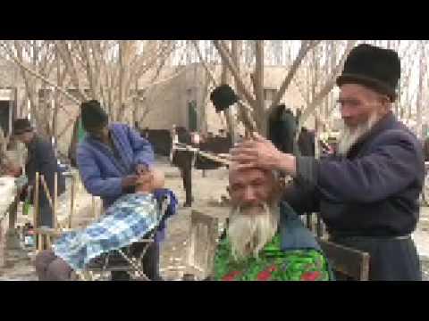 2007.03.19 Barbershop in Turfan Xinjiang