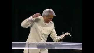 Benny Hinn - How to get a victorious life through the cross