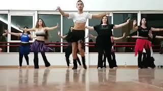 رقص شرقي بنكهة رجولية 😂😂😂