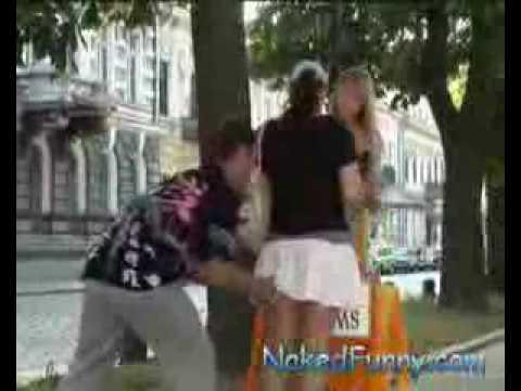 Broma Camara Oculta Arriva las Faldas 2