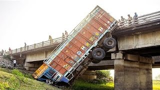 Horrible Truck Crash Compilation - Shocking Truck Accident Videos | Ly Ge