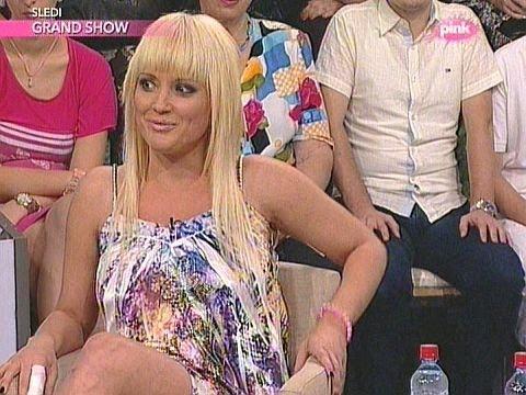 Maja Nikolic & Stanija Farma Narod pita TV Pink 19.7.2013