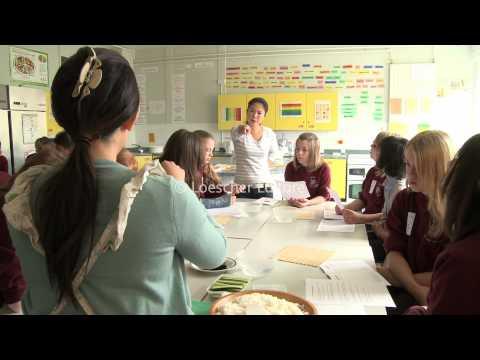 Xxx Mp4 English Schools In Britain A1 A2 3gp Sex