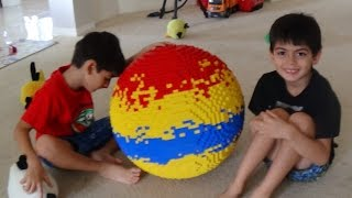 giant lego ball (stop motion assembly)