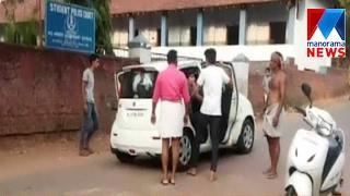 Video: Goons Attack at Kozhikode Vattoli   Manorama News