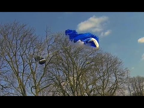 Funny Paragliding Crashes & bloopers Pannen