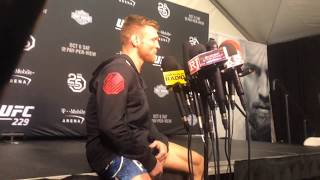 UFC 229 Backstage: Scott Holtzman