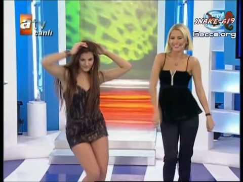 Miss Globe 2008 Almeda Abazi mavişeker dans yüksek kalite 720 piksel