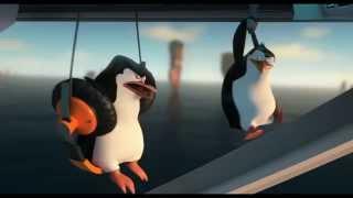 Everything Must Go! [Chase Scene]-Penguins of Madagascar. (Full-HD)