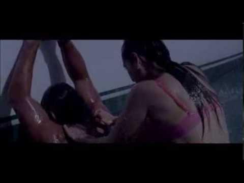 Manjari Fadnis Hot Bikini (Warning)