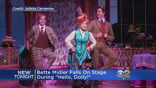 Bette Midler Falls On Stage