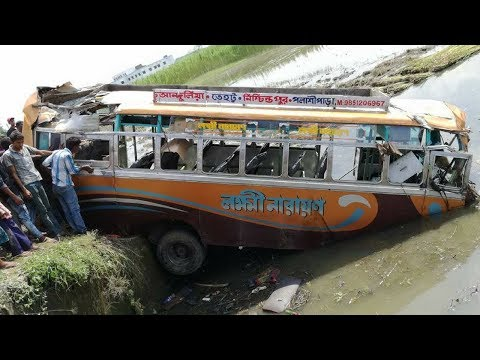 Tehatta PWD Hiweay Bus Accident Date 8-8-17 Time 12:10 PM