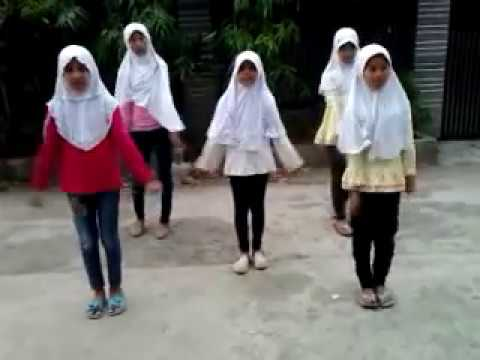 PARODI DANCE SUPERGIRLIES - AW AW AW BY THE S.A.R.A.F GIRLBAND BUKIT WARINGIN BOJONG GEDE Mp3
