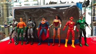 DC Comics Rebirth Justice league 7 Figure Box set unboxing from DC Collectibles