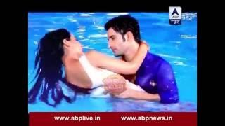 Twinkle-Kunj romance in pool