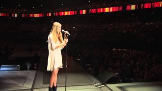 Emma Bale- All I want (Live at Sportpaleis)