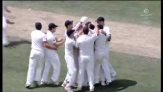 New Zealand beat Australia By 7 Runs - Highlights 2nd Test Hobart 2011