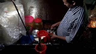 street food jhal-muri votta in Bangladesh.