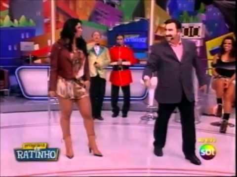 Programa do Ratinho Mulher Moranguinho Canta 30 04 2012 FÃS BALLET DO SBT