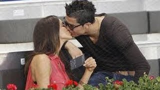 Top 10 Sexy pictures player cristiano ronaldo with Girls admirers 2017