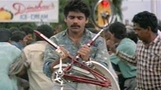 Nirnayam Movie || Nagarjuna Bicycle Chasing Scenes